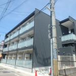 JR六甲道駅・徒歩10分。機械警備、防犯シャッターなど設備充実です!